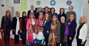 Bursa'nın Halk Oyunları masaya yatırıldı