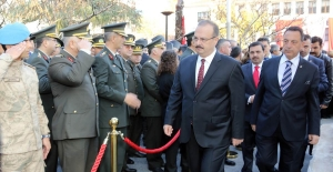 Büyük Önder Gazi Mustafa Kemal Atatürk, vefatının 80. yıldönümünde törenlerle anıldı