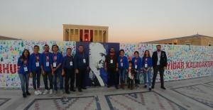 Küçük Ressamlar 29 Ekim'de Anıtkabir'de idiler
