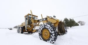 Dağ yörelerinde karla mücadele aralıksız sürdürülüyor