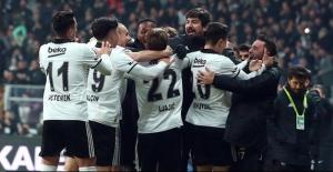 Derbide Beşiktaş, Evinde Galatasaray'ı Tek Golle Devirdi