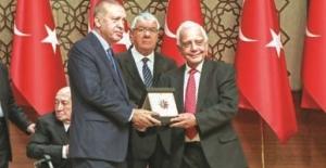 """Ödüllü Fotoğraf sanatçısı İzzet Keribar; """"Büyük gurur duydum"""""""