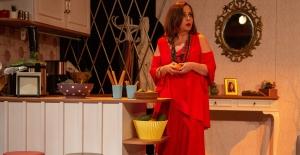 Tiyatro oyunu BAVUL'un Aralık gösteri tarihleri belli oldu