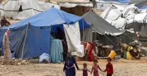 Amerikan İşgal Kuvvetleri 'Suriye El Rukban Kampı'na insani yardımları engelliyor
