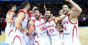 Basketbol A Milli Takımımız Slovenya'yı mağlup etti