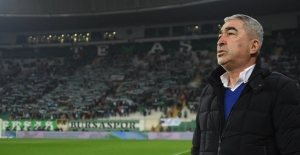 Bursaspor Teknik Direktörü Aybaba: ''Bu kadroyu korumaya çalışalım''