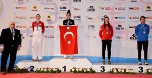Hatice Kübra İlgün Dünya Taekwondo Şampiyonu