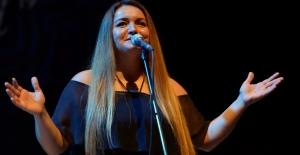 Jülide Özçelik'ten Nilüferlilere unutulmaz konser