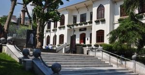 Tarihi Defterdarlık Binası Bursa Kent Müzesi'ne verildi