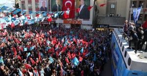 """Akşener: """"Bozbey Bursa'yı marka şehir yapacak"""""""