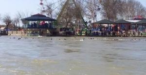 Musul'da feribot battı: En az 40 ölü!..
