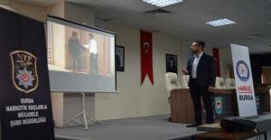 İznik Belediye personeline uyuşturucu ile mücadele eğitimi