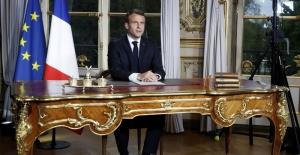 """Macron'dan bir küstahlık daha """"PYD'ye aktif destek"""""""