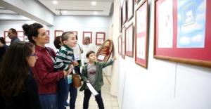 Bursalı genç karikatürcüler sergi açtı