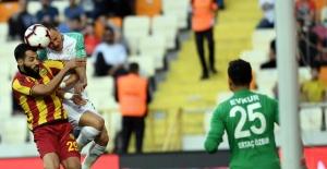 """Bursaspor galip gelmesine rağmen küme düştü; """"Yeni Malatyaspor: 1 - Bursaspor: 2"""""""