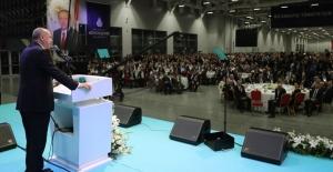 Cumhurbaşkanı Erdoğan, İstanbul esnaf ve sanatkârları ile iftar programına katıldı