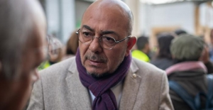 Güney Kıbrıs komünist AKEL Partisi'nden Avrupa Parlamentosu'na Türk aday