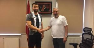 Nilüfer Belediyespor hentbolda ilk transferlerini yaptı