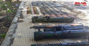 """Şam kırsalında terör örgütlerinin deposunda """"İsrail menşeili"""" bombalar bulundu"""