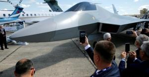 Türkiye Paris Havacılık Fuarı'nda savaş uçağını tanıttı