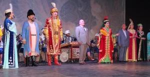 Uygur müzikleri Bursalıları coşturdu