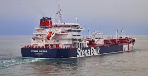 İran, Hürmüz Boğazı'nda İngiliz petrol tankerine el koydu!