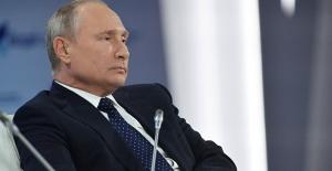 Putin: Rüzgâr enerjisi kuşlara ve solucanlara zarar veriyor, bu işin şakası yok