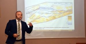 Bursa Kent Konseyi'nde 'deprem' konferansı