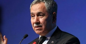Bülent Arınç Davutoğlu ve Babacan'a sahip çıktı!