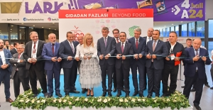 """""""CNR Food İstanbul"""" kapılarını açtı: """"90 ülkeden 50.000 profesyonel ticari alıcı"""""""