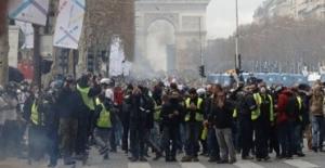 Fransa'da sokaklar yeniden karıştı!