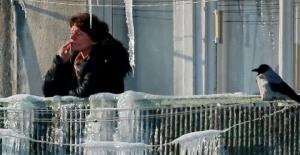 Rusya'da evin balkonunda sigara içmek yasaklanıyor