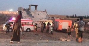 Türkiye sınırındaki Çobanbey kasabasında bombalı saldırı: 12 ölü