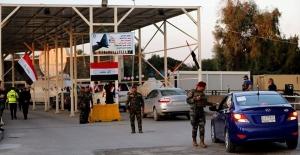 8 kişinin öldüğü protestolar nedeniyle Bağdat teyakkuzda: Yeşil Bölge'de sıkı güvenlik önlemleri alındı
