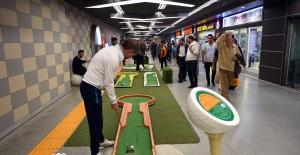 Bursa'da Golf keyfi yeraltına indi