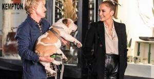 "Jennifer Lopez yeni filmi ""Mary Me"" nin setinde"