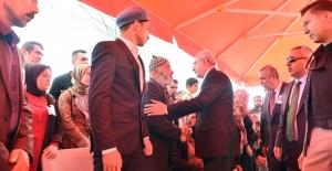 Kılıçdaroğlu, Şehit Er Ahmet Topçu'nun cenaze törenine katıldı