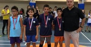 Osmangazili badmintoncular başarılarını sürdürüyor