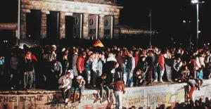 Berlin Duvarı'nın yıkılışının 30. yılındayız