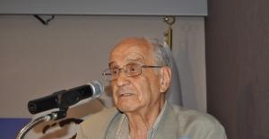 Eski Dışişleri Bakanı Mümtaz Soysal hayatını kaybetti