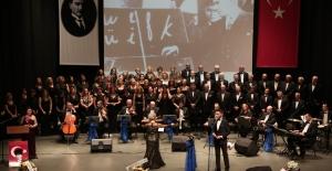 Nilüfer Belediyesi TSM Korosu'ndan Öğretmenler Günü konseri