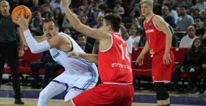 Türk Telekom Şampiyonlar Ligi'nde emin adımlarla ilerliyor
