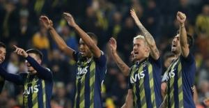 Derbi maçta Fenerbahçe, Beşiktaş'ı 3-1 yendi
