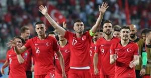Euro 2020'de rakipler belli oldu