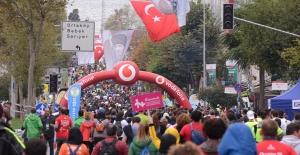 """""""İstanbul'u Koşuyorum"""" Bebek Etabında"""