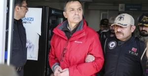 Eski Korgeneral Metin İyidil tutuklandı, Hakimler görevden alındı