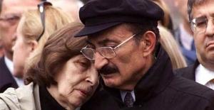 bRahşan Ecevit hayatını kaybetti/b