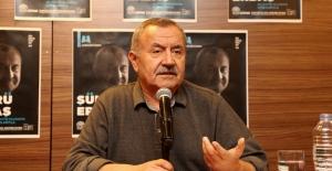 """Şair Şükrü Erbaş'la söyleşi: """"Yazmasaydım kamyon şoförü olurdum"""""""