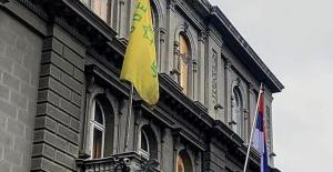 Sırbistan'da sarı Yahudi yıldızı göndere çekildi
