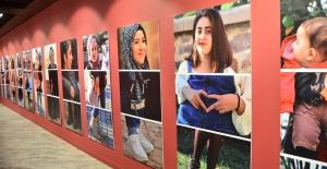 Türk ve Suriyeli kadınların sergi mesajı: 'Şiddetsiz, eşit ve aydınlık bir gelecek'